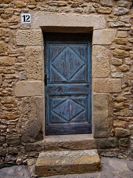 Village door, Peratellada