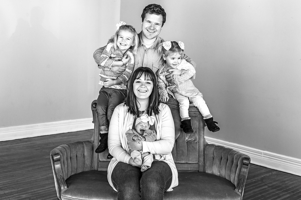 Casey Family Pics 1-2016-37b&w
