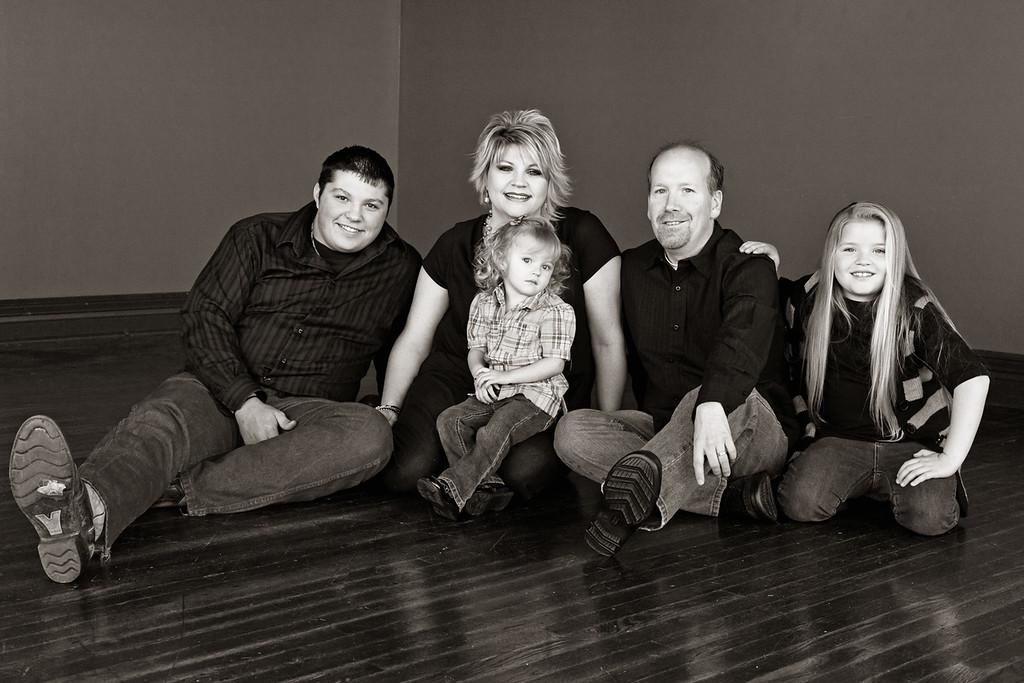 Halmick Family 12-2010-8b&w
