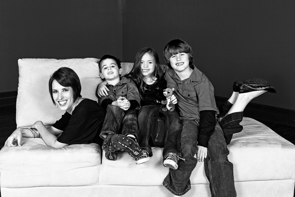 Worthy Family 2011-43b&w