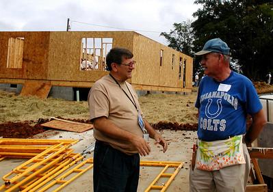 Glen Barton talks with Chuck Vogt.