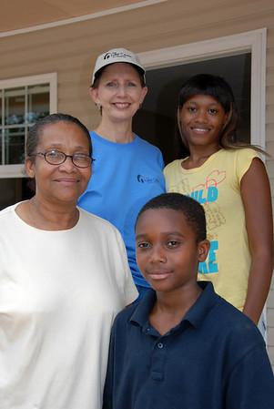Linda Fuller with Booker family. House #18. crl  crl
