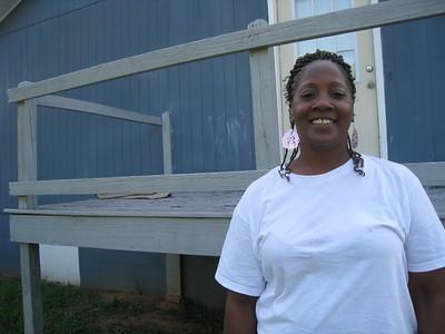 09 06-18  Lisa Trammell, MFLB home recipient. ff