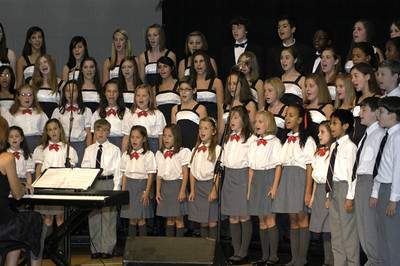 09 08-30 International Children's Choir sings at Celebration. cl
