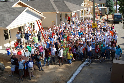 10 09-09 Big group shot on St. Paul Street in Fountain Square neighborhood of Indianapolis.late Thursday afternoon of 2010 MFLB.  carolyn lepper