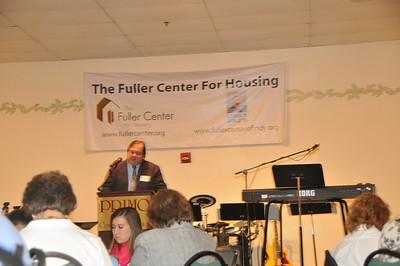10 09-05  Rev. Jay Height of Shepherd Community Center brings Invocation. mlj