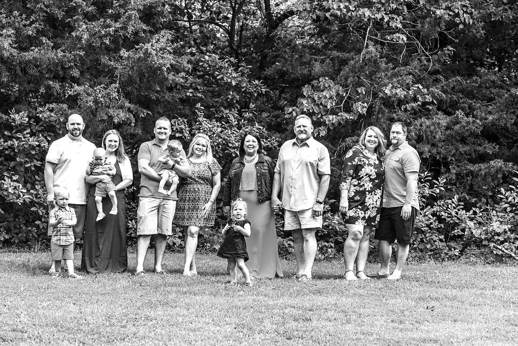 Lorence Family 2015-10b&w