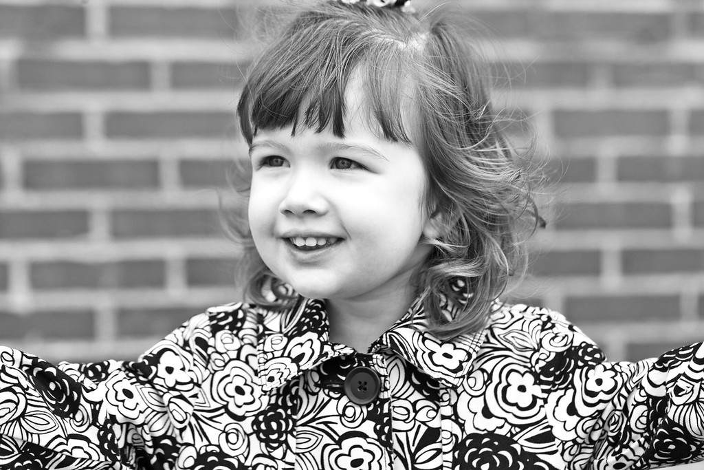 Maroney Family 10-2012-17b&w