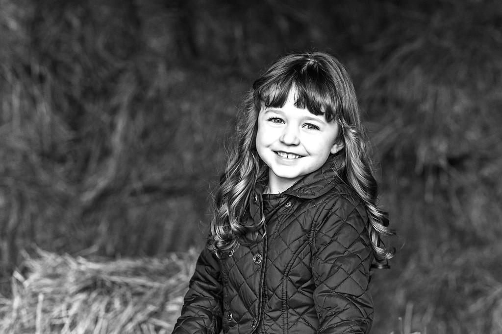 Olivia 5 years 1-2015-28b&w