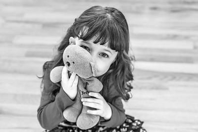 Olivia 5 years 1-2015-14b&w