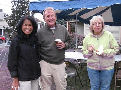Winnie Ballard, left, wife of Indianapolis Mayor Greg Ballard, joins David and Sheilla Snell for some light breakfast conversation.
