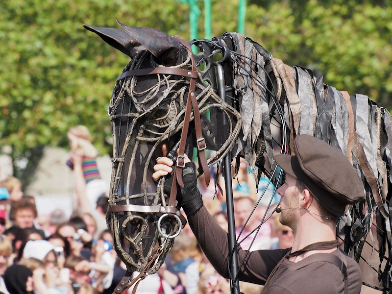 Warhorse (fantastically lifelike), Jubilee Family Day, Hyde Park