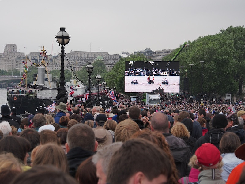 Crowds watching the big screen, the Embankment, near Blackfriars Bridge