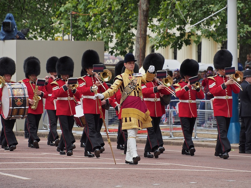 Band of the Grenadier Guards, The Mall