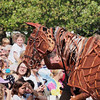 Warhorse and the crowd, Jubilee Family Day, Hyde Park