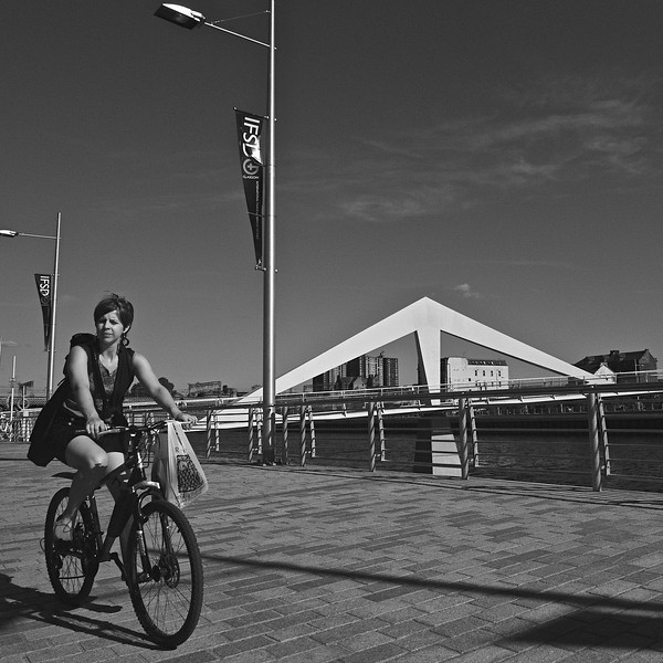 Cycling home, Broomielaw, Glasgow