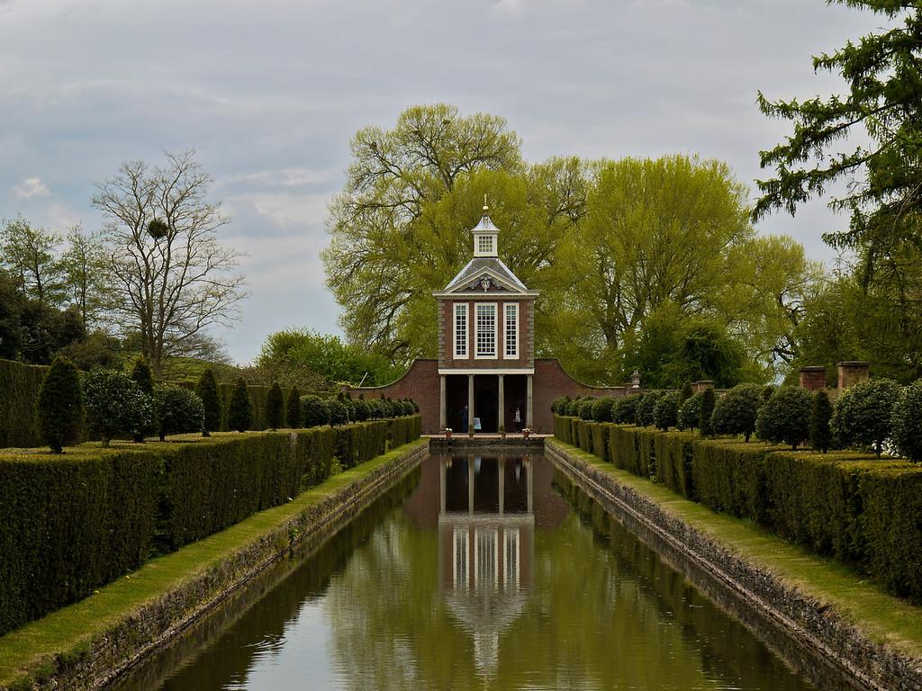 Pavilion, Westbury Gardens