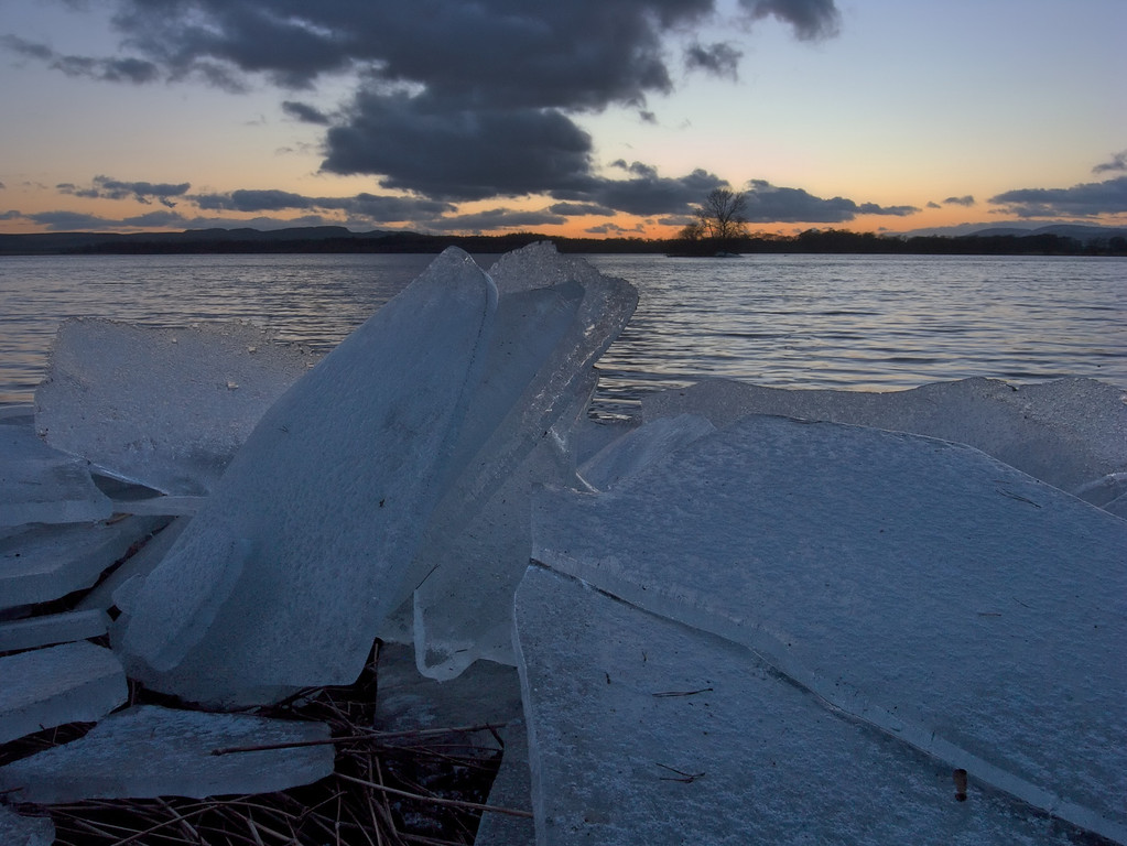 Broken ice, Loch Leven