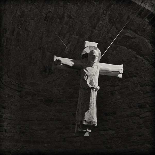 Crucifix, Rotonda di S Lorenzo, Mantua (Mantova)