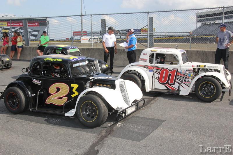 #23 Zachary Dabbs and #01 Carson Wemer