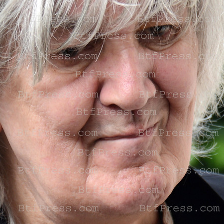 Exclusive___ Legend French Pop Singer Jacques Higelin at the City Hall of the 15th of Paris (France) - Photo by Gilles Bruyelle