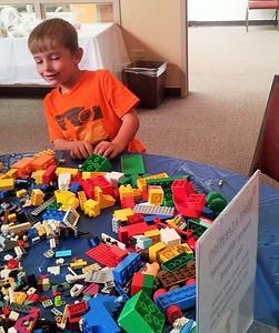 So many legos!