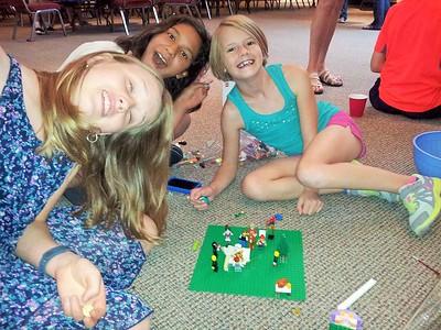 Lego Team Build: a Lego Nativity