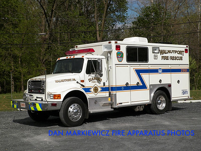DIAMOND FIRE CO. SQUAD 2951 1993 INTERNATIONAL/SWAB SQUAD