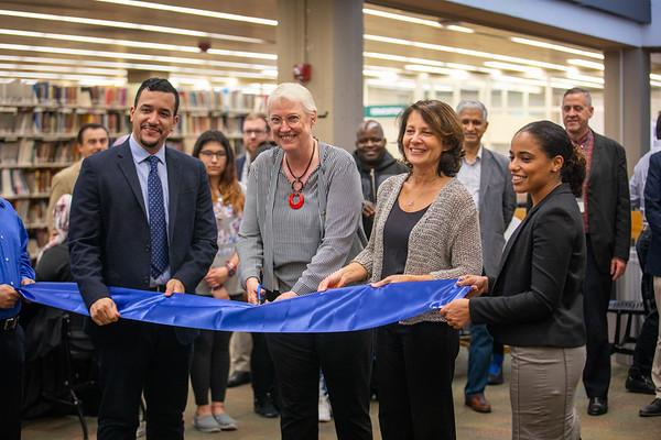 LS 139-2018 Bloomberg Terminal Ribbon Cutting Ceremony