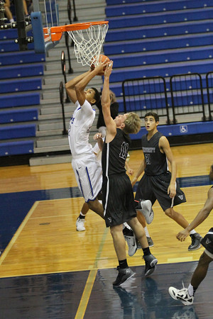 Lehman Lobo boys basketball loses to Vandegrift at Lobo Den 48-42