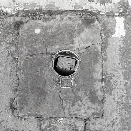 Suqare Peg, Round Hole