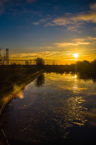 Barnby Dun canal at sunset