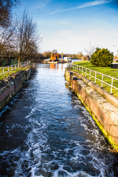 Long Sandall canal lock