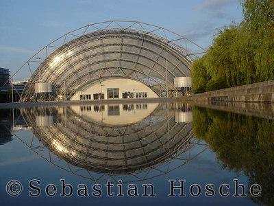 Leipzig, Messegelände, Messehalle, Messesee 20040627_202219_01684_s7_o