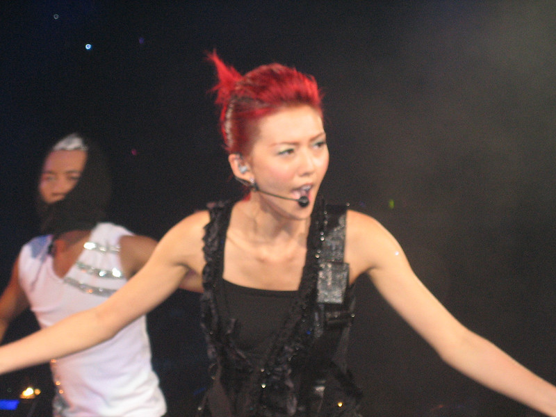 IMG_0190 <br /> Photo of Stefanie Sun in Concert 2005