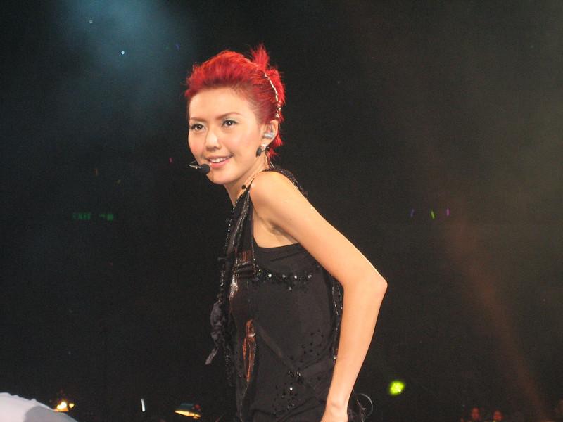 IMG_0189 <br /> Photo of Stefanie Sun in Concert 2005