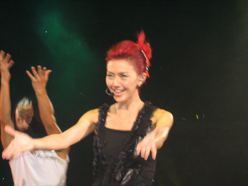 IMG_0188 <br /> Photo of Stefanie Sun in Concert 2005
