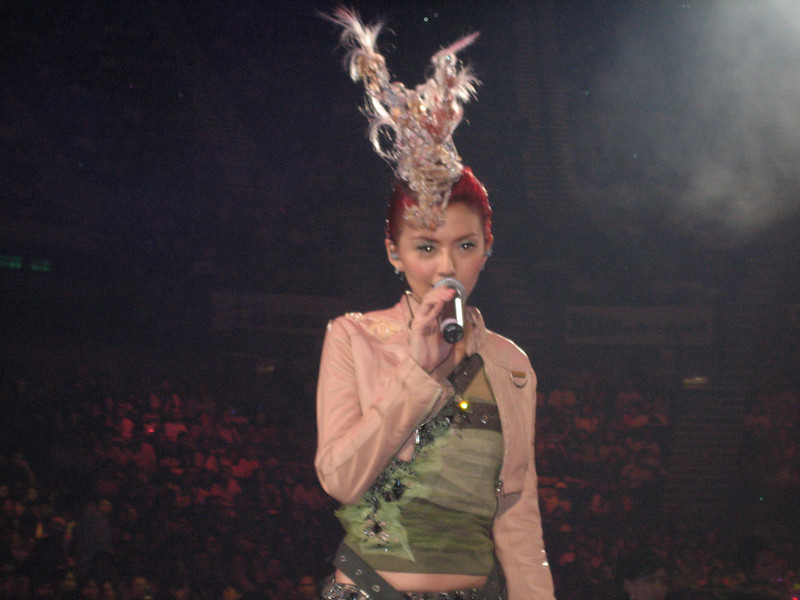 IMG_0217 <br /> Photo of Stefanie Sun in Concert 2005