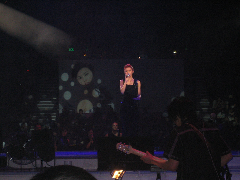 IMG_0175 <br /> Photo of Stefanie Sun in Concert 2005