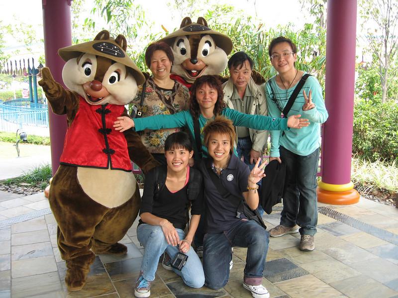 IMG_0201 <br /> 媚媚, Eva, BoBo, Tracy, 朋朋 and Hois