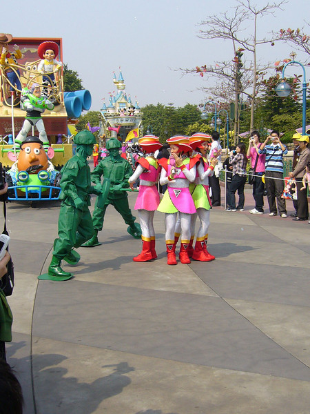 P1010736 <br /> Photo of Hong Kong Disneyland