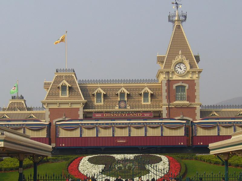 P1010516 <br /> Photo of Hong Kong Disneyland