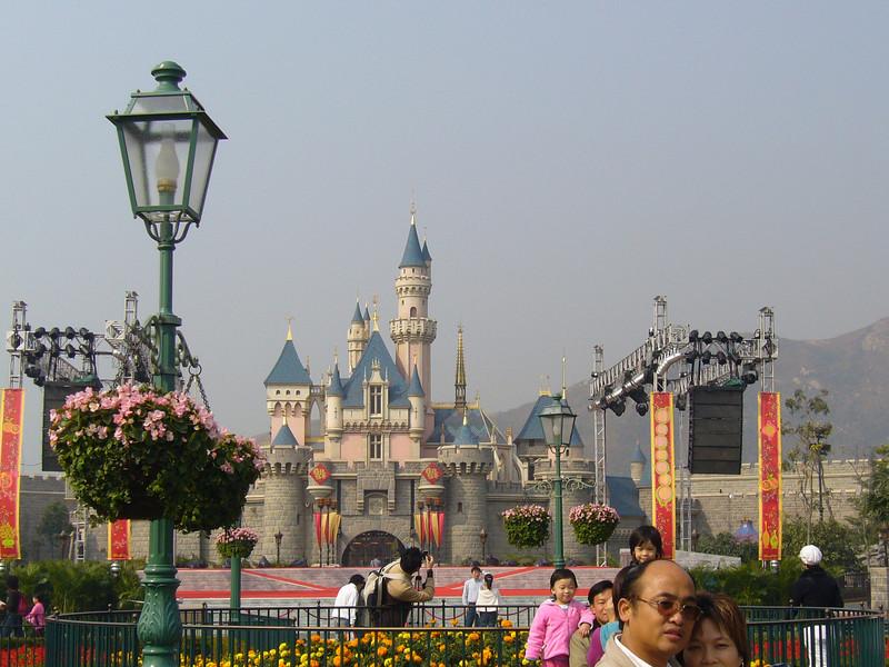P1010534 <br /> Photo of Hong Kong Disneyland