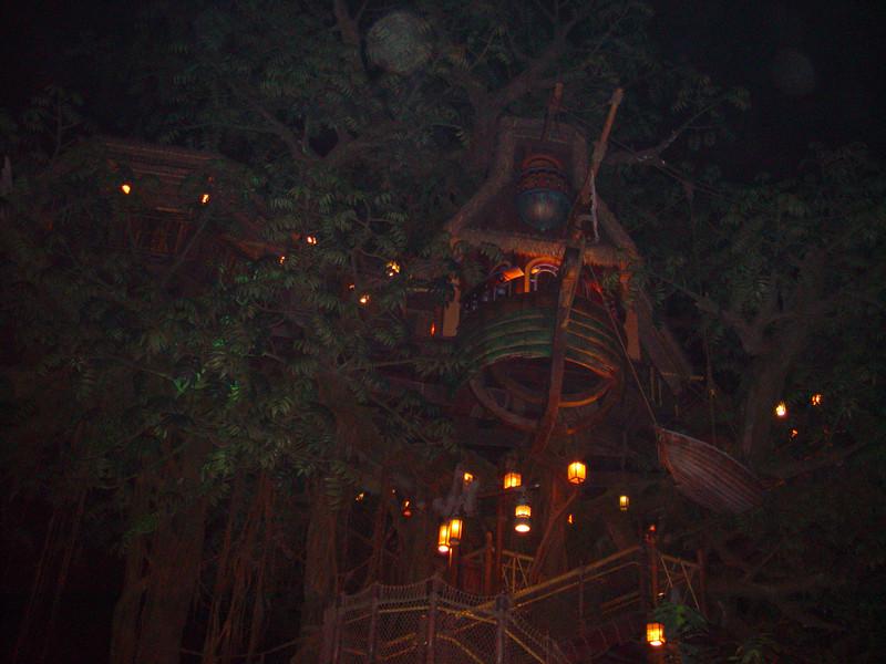 DSC00493 <br /> Photo of Hong Kong Disneyland