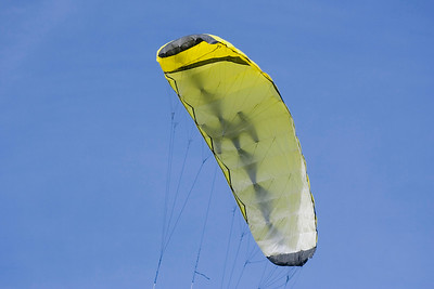 yellow foil kite - four liner with a lot of power - adobe RGB