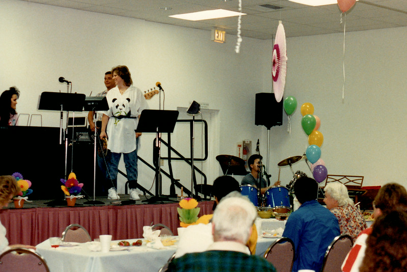 Lenée leading praise and worship
