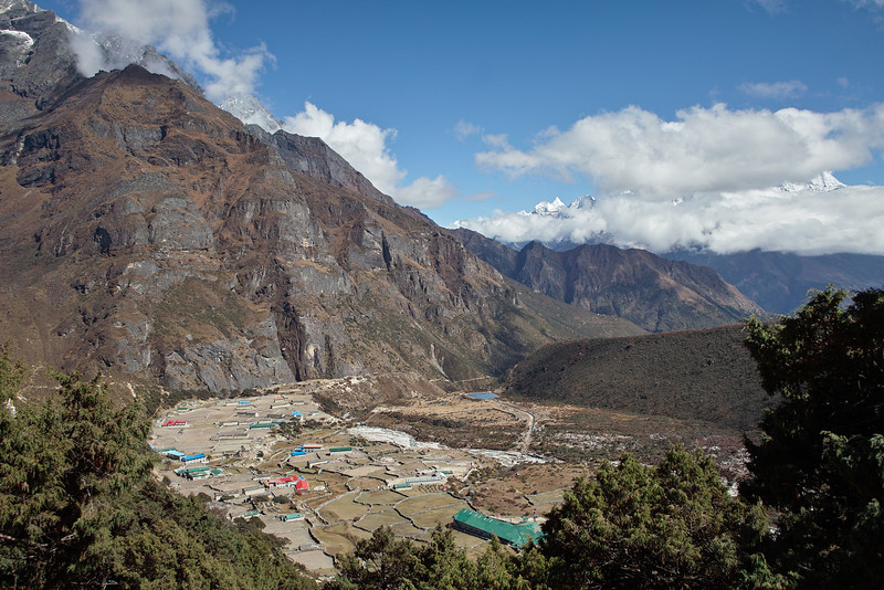 Looking back over Thame from up by the gompa.