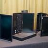 Prenosnik ThinkPad Edge E420s blesti v majhnih podrobnostih, ki delajo razlike. Že sama oblika prenosnika je zelo napredna, z velikim zaslonom s tankimi robovi ter kovinskimi obrobami, ki dajo celoti prestižen videz. Novinec je pravi delovni stroj, saj ga odlikujejo visoke zmogljivosti druge generacije procesorjev Intel Core i3, i5 ali i7, ki poleg računskih ponujajo tudi boljše grafične zmogljivosti. Za dodatne pohitritve delovanja je zadolžen nabor tehnologij Lenovo Enhanced Experience 2.0, ki skrbijo za hitrejši zagon in izklop računalnika ter upravljanje z vrsto tehnologijami za povezovanje z žičnimi ali brezžičnimi omrežji (tudi mobilni 4G). Izbrani modeli, opremljeni s tehnologijo Rapid Drive, ki vsebuje pogon SSD, so še dodatno hitrejši pri delu (do 30 odstotkov).