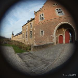 Lensbaby_Fisheye_12mm_Herckenrodeabdij_DSC4300c_JD_HAS1216HE