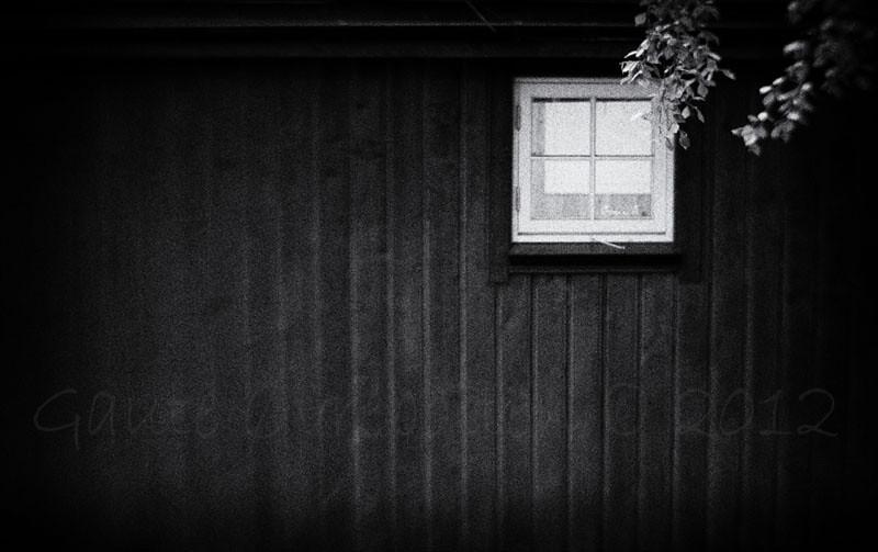 Hytteglaset. (The window)<br /> Edited in Topaz Adjust; black-and-white in PSE10.